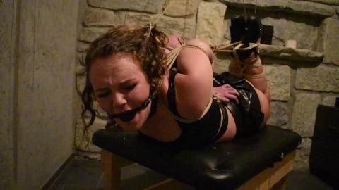 18 years old Girl endure a hard Hogtie - Sasori Diamondly