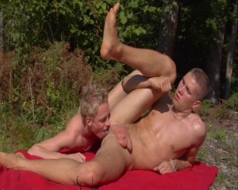 Amazing fuck with 10 hot young guys
