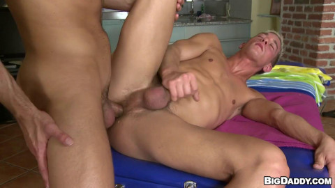 Tall and Sexy - Jose Manuel and Phillip