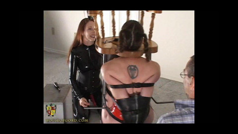 House of Gord - Anna Rose naked on the Kinky Barstool