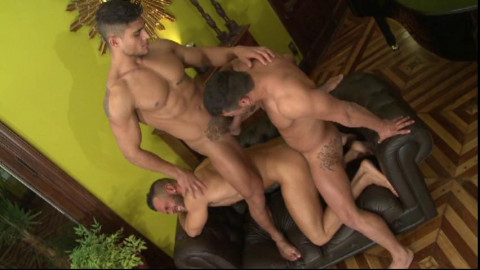 Hot Men Gangbang At City