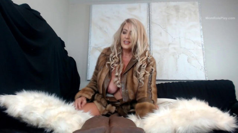 Merraeday - stepmom fur play
