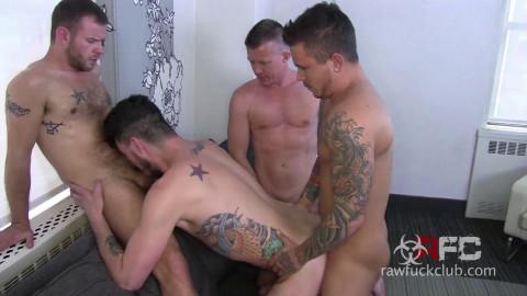 Hole Stretchers (Luke Harding, Seth Knight, Jay Conrad & Parker Allen)