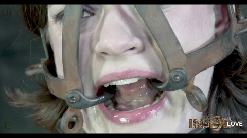 Hazel Hypnotic - Transporter 1080p