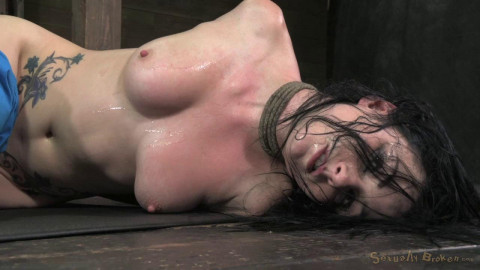 Stunning Veruca James dicked down to the ground, brutal deepthroat, epic destruction!