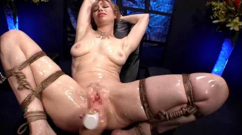 Blonde Restraint Chair & Anal Transformer Aid Liana Nicole