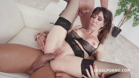 DAP For Hot MILF Sofia Star