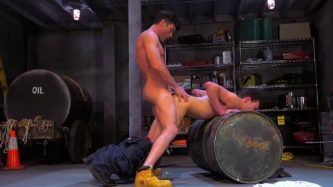 Bondage Garage, Scene 04: Lance Hart, Micky Mackenzie
