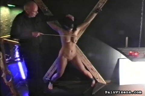 Painvixens - Apr 28, 2010 - Caught & Punished
