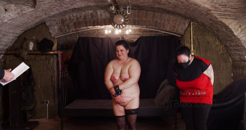 Shy and Curious – Hisztiss Debut – Part 2 of 3
