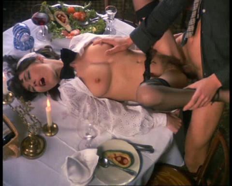 Ribu Aristokrat Vol. 032 - Sex Dinner