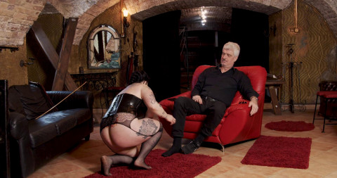 Shy And Curious Hisztiss Debut - Part 01
