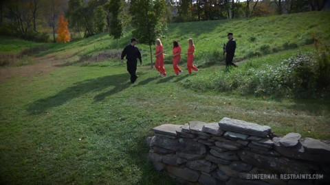Bondage Is The New Black # 1 (14 Nov 2014) Infernal Restraints