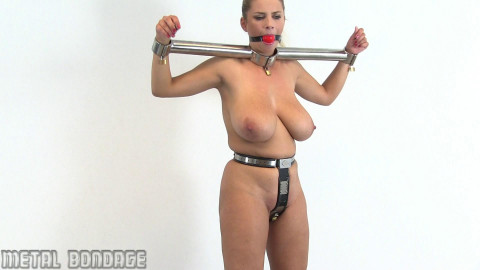 More Katerina Hartlova!