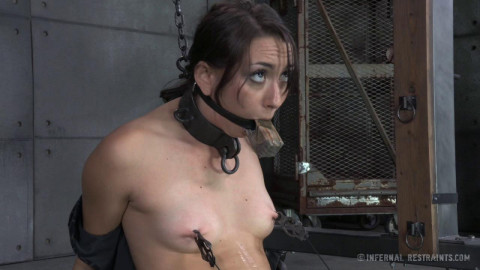 Jun 06, 2014 - Freshly Chained - Mandy Muse