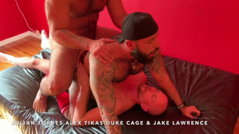 Julian Torres Grangbang ft Alex Tikas, Jake Lawrence, Duke Cage