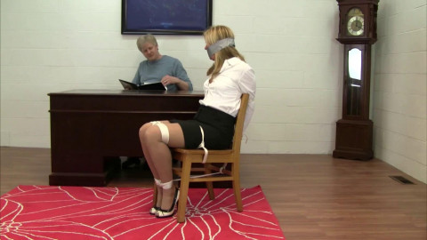 Dakkota - Snooping Secretary Punished