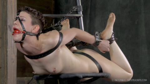 IR - Stuck in Bondage - Hazel Hypnotic, Cyd Black - HD