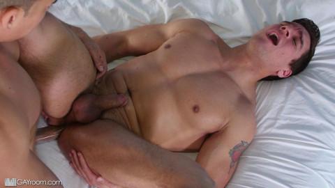 Homosexual Room - Jordan Boss And Topher Dimaggio