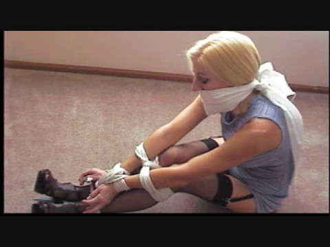 Morina hot thief acquire restraint bondage lessons