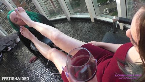 Relax On The Balcony And Domination Of Her Bottom Beauty - Full HD 1080p