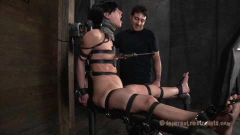 Queen of Pain - BDSM, Humiliation, Torture