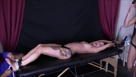 HD Bdsm Sex Videos A Ticklish trap part 6