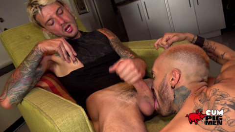 Matthew and Christop - Big Blonde fellatio
