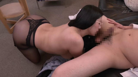 Female Boss And Hot Employee Stay