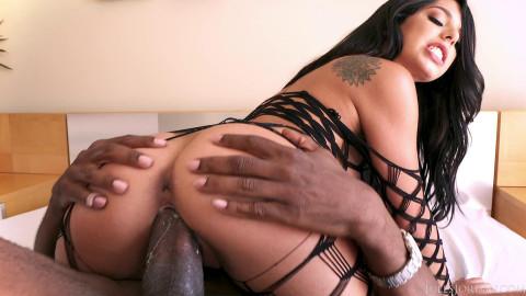 Perfect Gina Valentina Takes Huge Black Dick