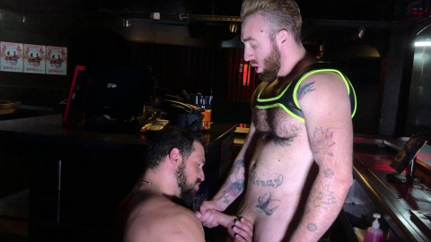 Crunchboy - Enzo Rimenez Fucked by Manu Scaco at the Depot