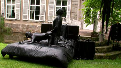 outdoor black rubber lust