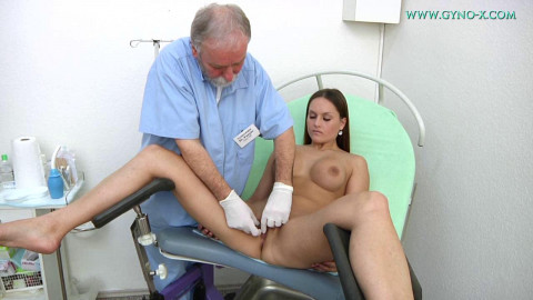 Barbara Bieber (20 years girl gyno exam) (30 Apr 2016)