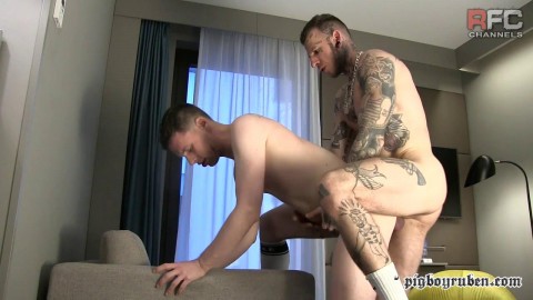 Eating My Load Right From His Big Phat Bouncy Ass