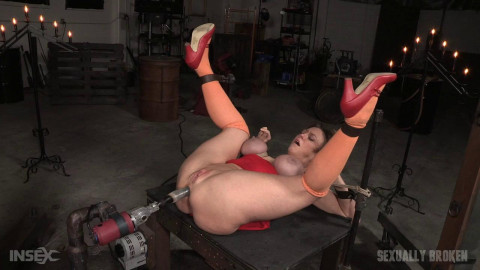 Darling - Velma explores the wrong warehouse and gets fucked hard in bondage (2016)