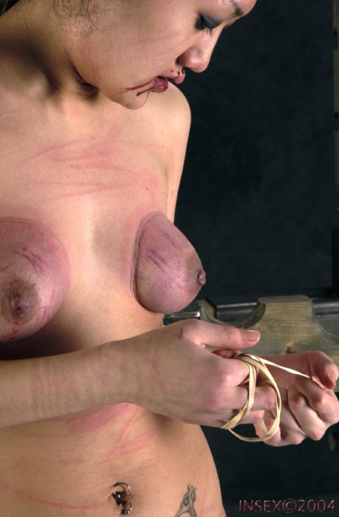 Insex - Sewn Slut (Live Feed From March 17, 2002) RAW (731)
