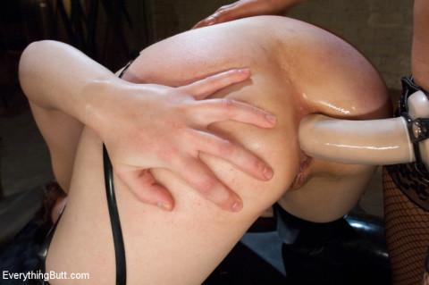 Extreme Anal Fisting: Sarah Shevon