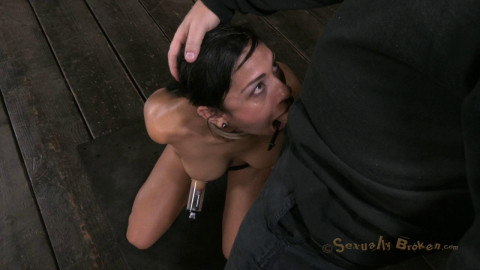 Beretta James Hot Cougar a unfathomable face hole Huge nipps Sexually Destroyed