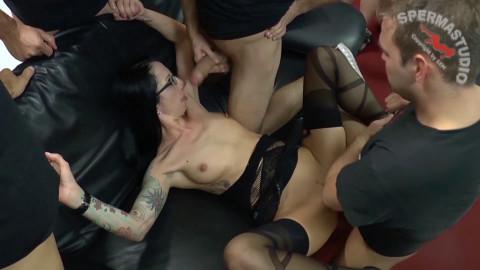 Best Bukkake Orgy With Shared Dicks