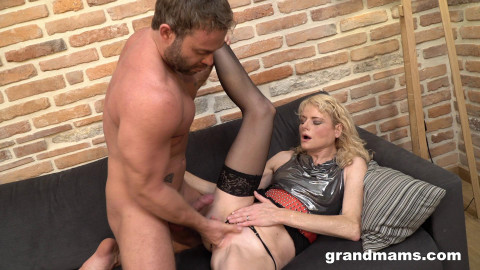 Married cougar hires a young gigolo