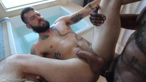 GayRoom - Buck Richards and Hunter Triad