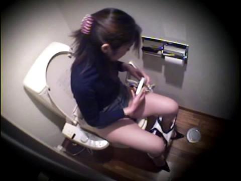 Toilet Voyeur, Not Flow [DSDA-44]
