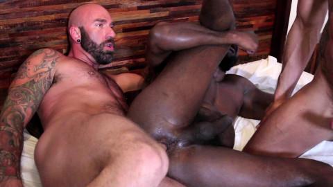 Interracial Bareback Threesome HD