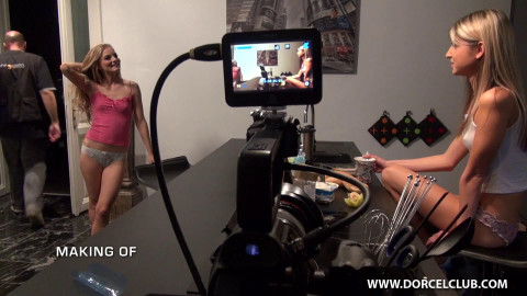 making of a virgins first time  2014