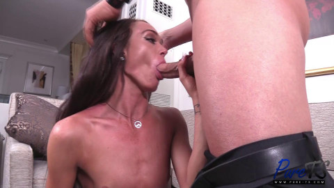 Sexy Shemale Amanda Bell Fucks With Christian