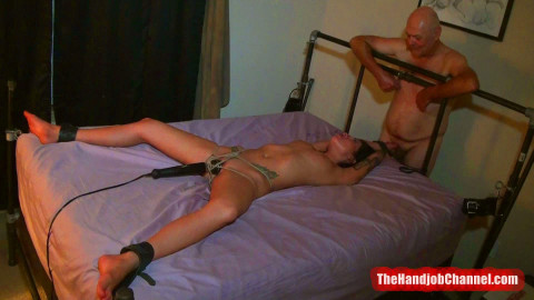 Private Tied