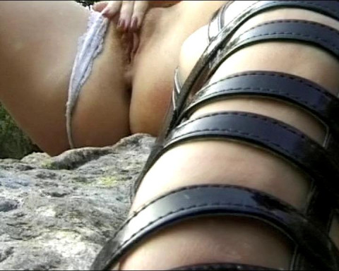 Outdoor sex frenzy