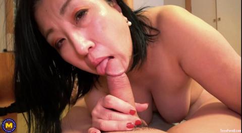 Curvy Shizuka Nikaido has additional attention for her stepson