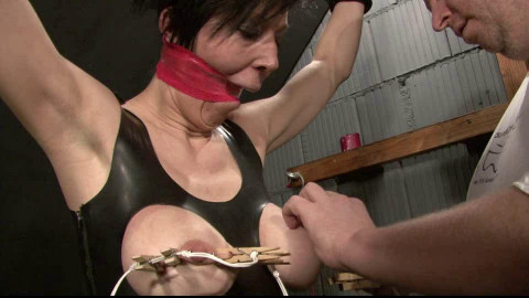 Toaxxx - Breast Torture for Slave Eva