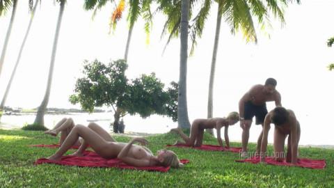 Nudist workout